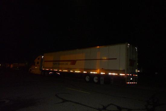 Quality Inn & Suites : Trucks Everywhere