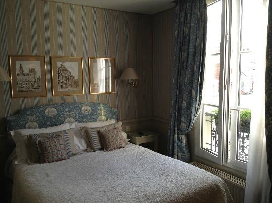 Hotel du Champ de Mars: Our room #45