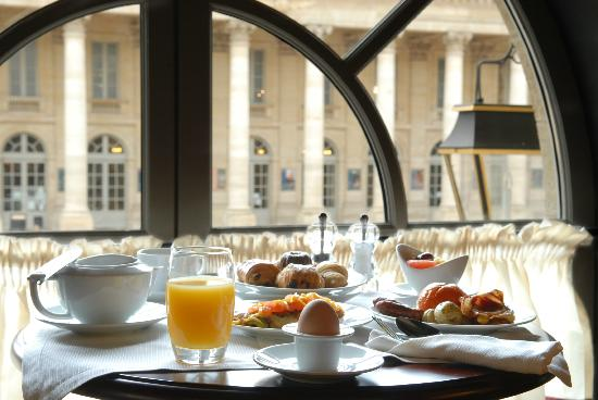 Brasserie Le Bordeaux : Au petit-déjeuner, à l'étage de la Brasserie