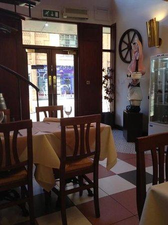 Topo Gigio's Restaurant