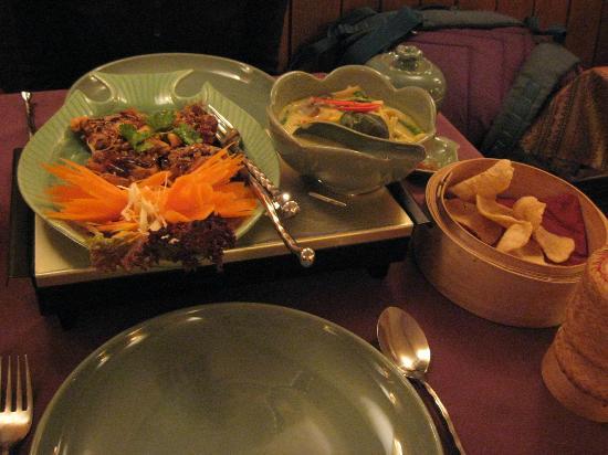 Jintana Thai Restaurant: Food