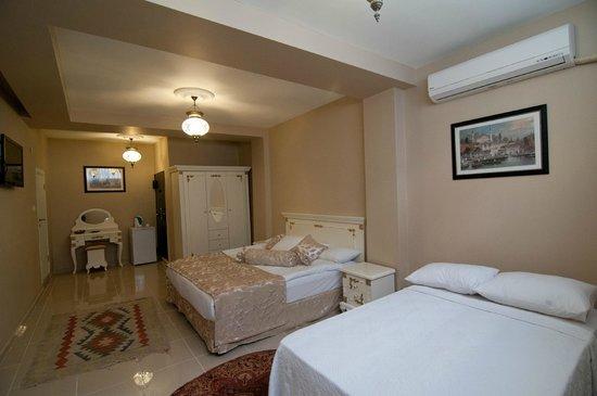 Safran Suites Apart : Budget Triple Room