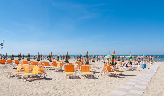Cormoran Hotel : Spiaggia hotel