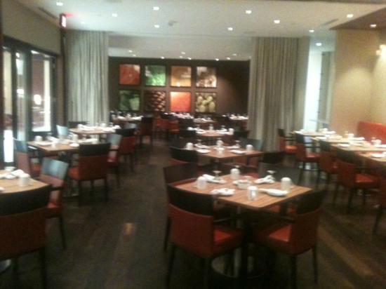 Minneapolis Marriott Northwest: Restaurant