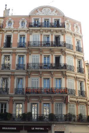 Hotel Saint Louis: the hotel