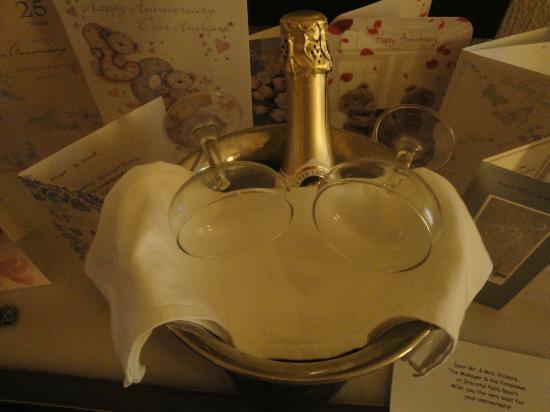 Hanioti, Grecja: champagne