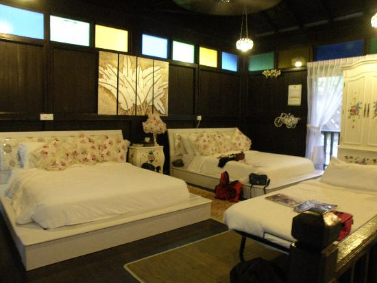 Raub District, Malesia: Master chalet bedroom