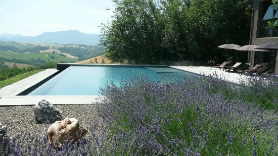 Borgo Tranquillo: Der Infinitypool