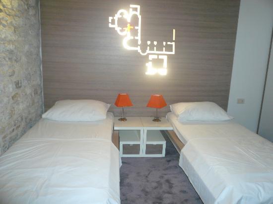Hotel Slavija: Room(Twin)