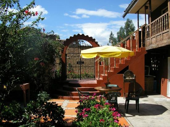 Quinta Patawasi Bed & Breakfast: Patio 