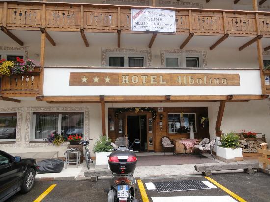 Alpstyle Hotel Albolina: Ingresso