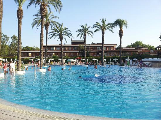 Il Valentino Grand Village: piscina