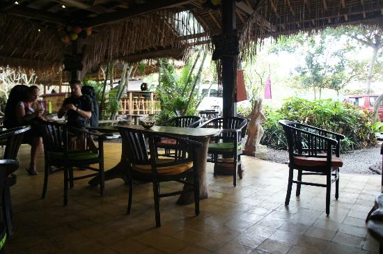 Topi Inn: The restaurant
