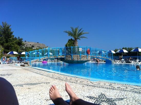 Karpathios Studios: pool