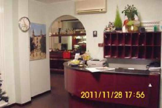 Hotel Bucci : la reception...
