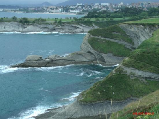Hotel Chiqui: Cliff walk