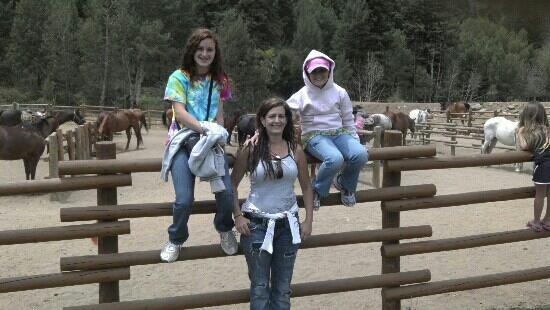 هارميلز رانش ريزورت: My girls & I waiting on our rides. Amazing trails, Ranchers were Super! 6.2012 
