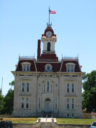 ‪Chase County Courthouse‬