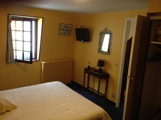 Hotel Le Chantilly : chambre pour 2