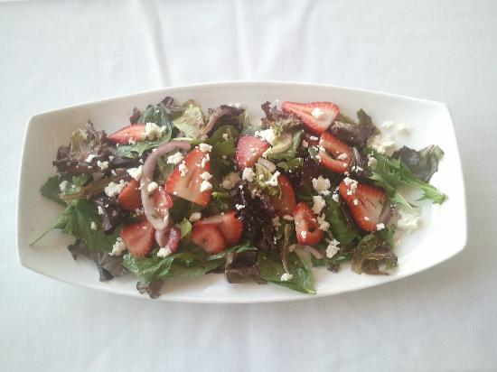 Sunset Grille : August Feature Strawberry Salad