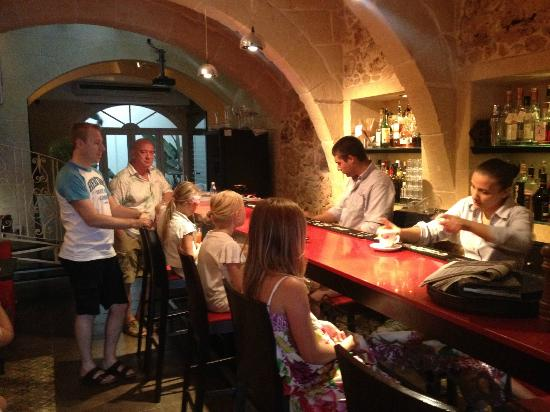 Dvenue : Bar / Lounge på D Venue