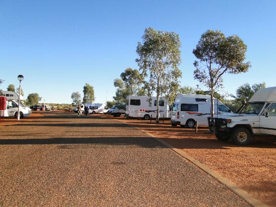 Ayers Rock Campground: Otros motorhome