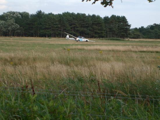 Fletcher Duinhotel Burgh Haamstede: Zweefvliegtuig Burgh Haamstede.