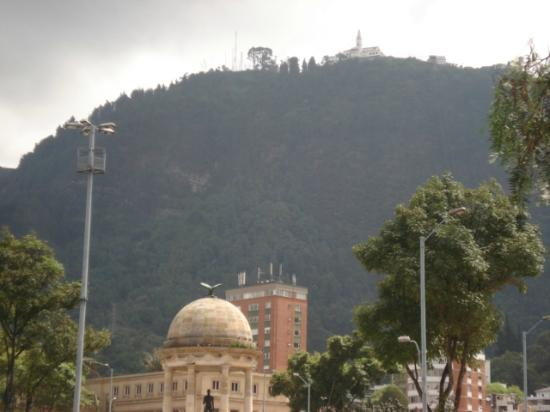 Cerro de Monserrate: Monserrate view from the downtown
