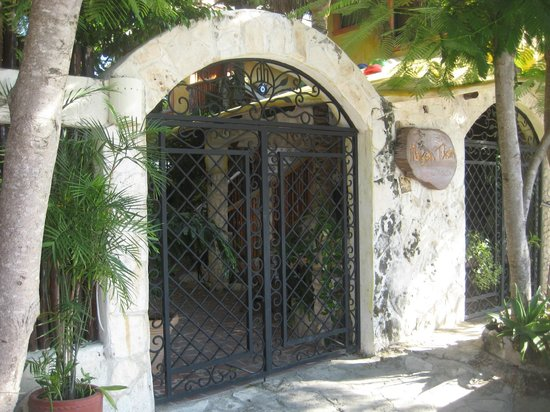 Entrance to Maison Tulum