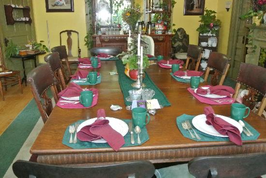 Viroqua Heritage Inn: Dining area