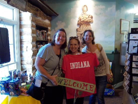Old National Road Welcome Center: Having fun!