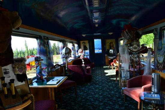The Aurora Express: Dining car where we had breakfast