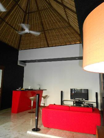 Amor Bali Villa: Living Room