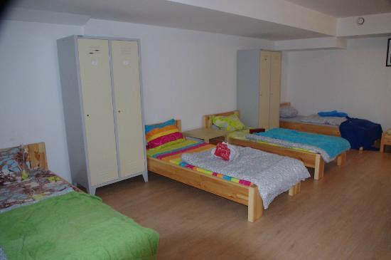 Art Hostel Taurus : Habitación