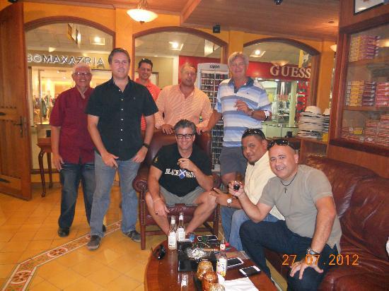 Cigar Emporium: Cigars Friends Cigars Enthusiast Aruba