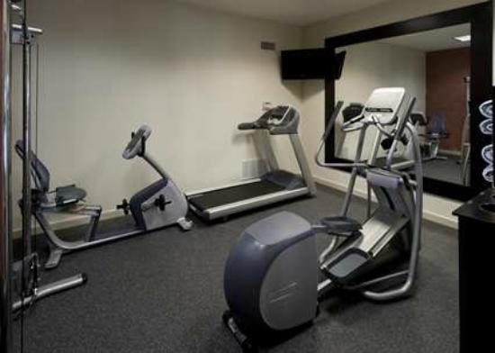 Hampton Inn & Suites Texarkana: Complimentary Fitness Center