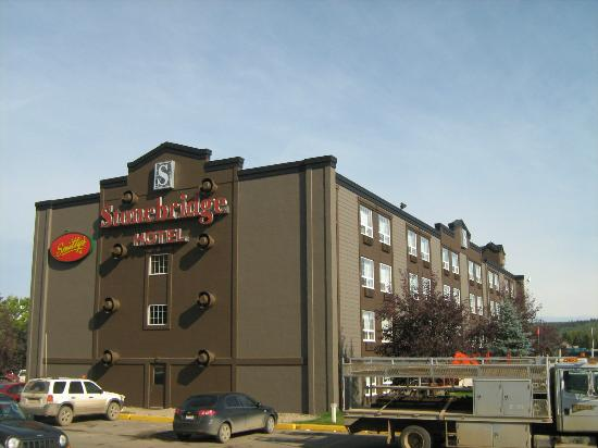 stonebridge hotel fort mcmurray 83 9 3 prices. Black Bedroom Furniture Sets. Home Design Ideas