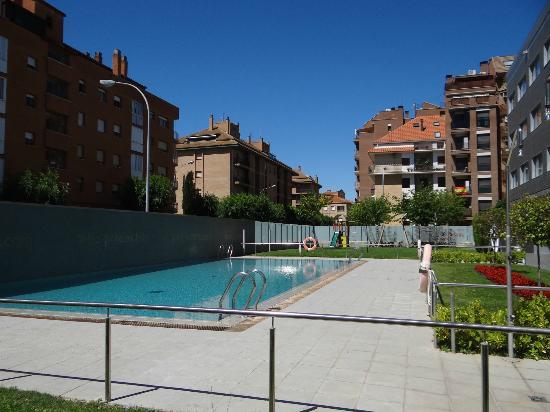 abba Huesca Hotel: La piscine