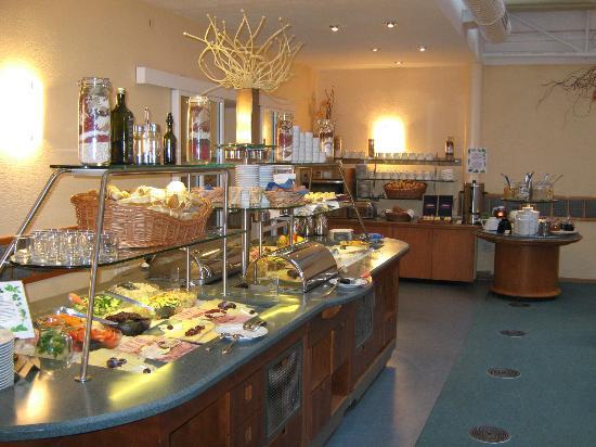 Adria Hotel Prague: буфет