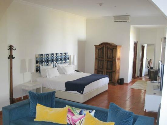 Albergaria do Calvario: Notre belle grande chambre !