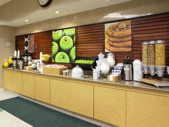 Bright Side Breakfast Picture Of La Quinta Inn Suites Salt Lake City Airport Salt Lake City
