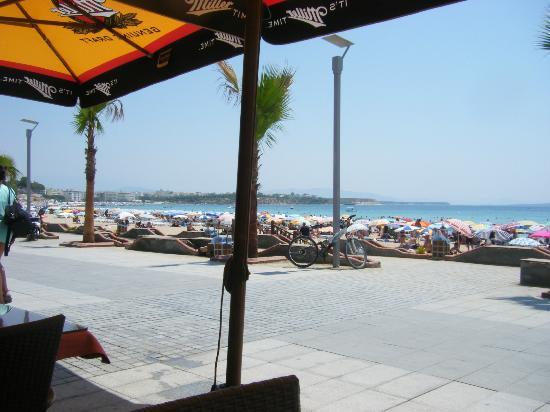 Hotel Nazar: The beach