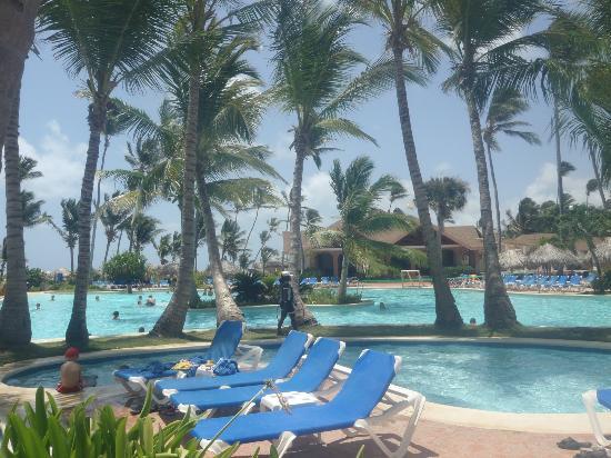 VIK Hotel Arena Blanca: Preciosa la piscina