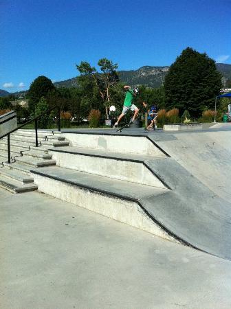 Ramada Penticton Hotel & Suites: Skatepark