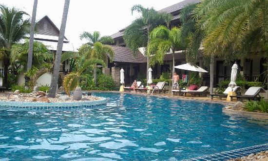 Am Samui Palace: Toller Swimmingpool