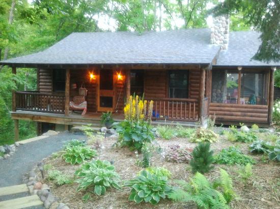 Spider Lake Lodge Bed & Breakfast Inn: Cabin