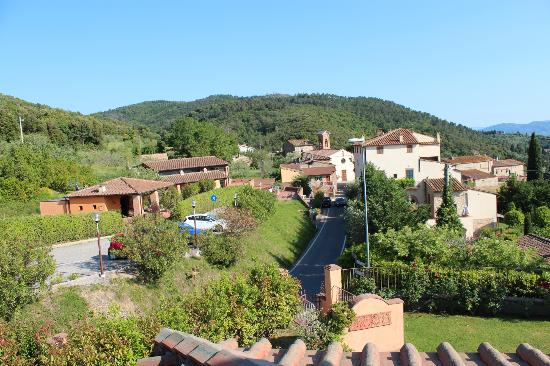 Il Casale Del Madonnino : View of Iano from terrace