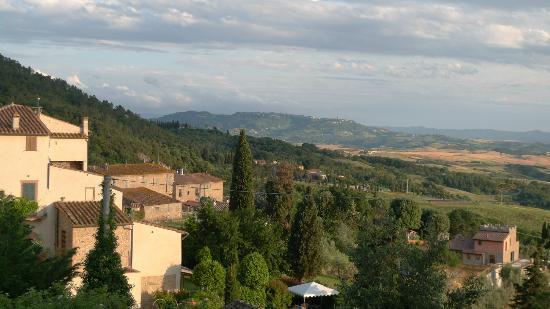 Il Casale Del Madonnino: View from terrace Il Ginepro