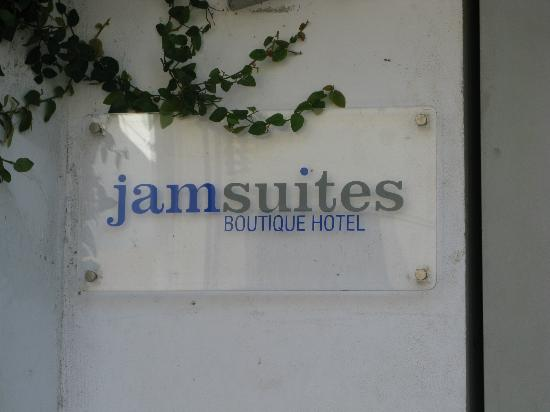 Jam Suites Boutique Hotel: Entrance plaque
