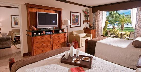 Beaches Turks & Caicos Resort Villages & Spa : French Village Three Bedroom Suite